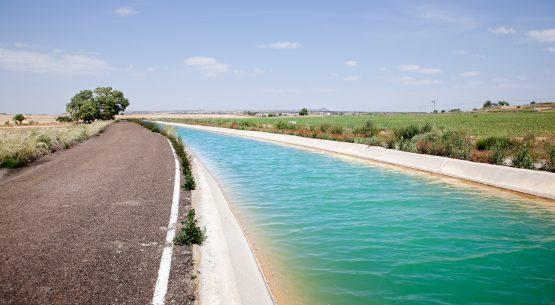 Estudio de adaptación a la restricción de recursos hídricos en Chile. Diciembre de 2017