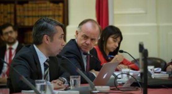 Ministro Walker explica en Comisión de Agricultura modificaciones al Código de Aguas