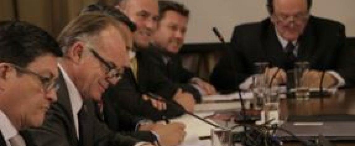 Ministro Walker presentó programa agrícola del Gobierno para los próximos 180 días