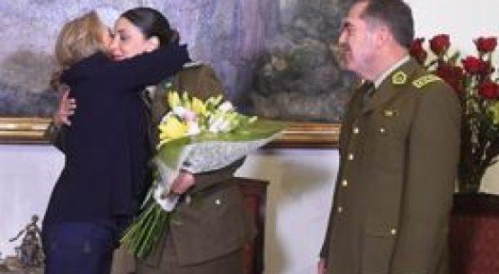 Cecilia Morel junto a General Director de Carabineros, Hermes Soto, anuncian reincorporación de Teniente Andrea Neira