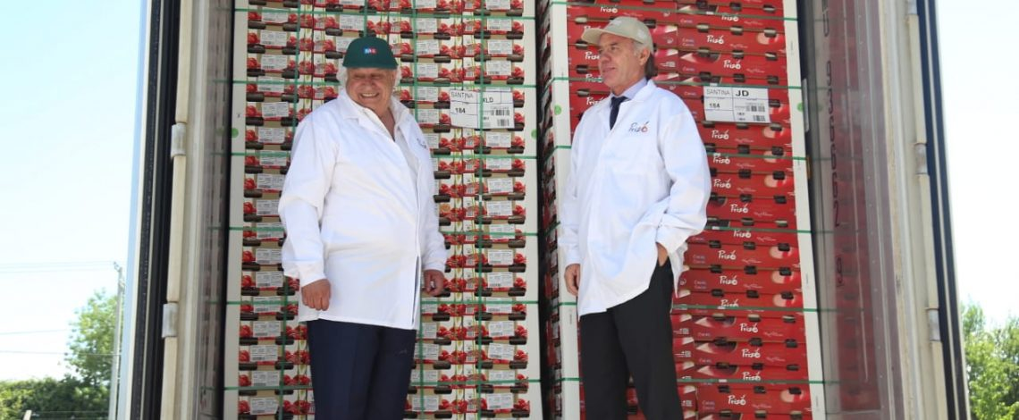 """Ministro Walker en lanzamiento de temporada de exportaciones agrícolas: """"La agricultura está liderando el crecimiento económico del país y exportará más de US$ 18 mil millones en 2018"""""""