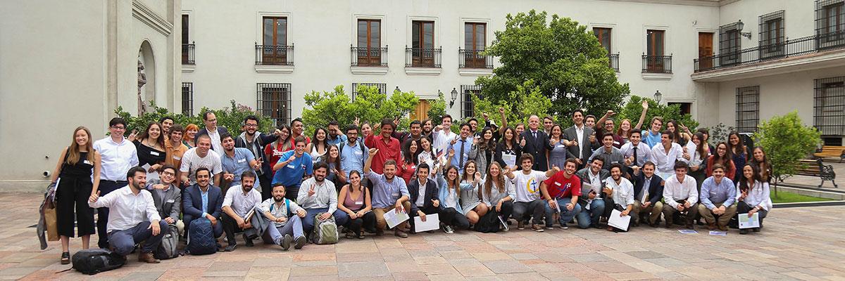 Foto participantes jornada Santiago no es Chile