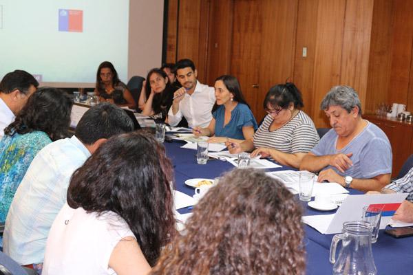 Directora de Odepa con organizaciones campesinas