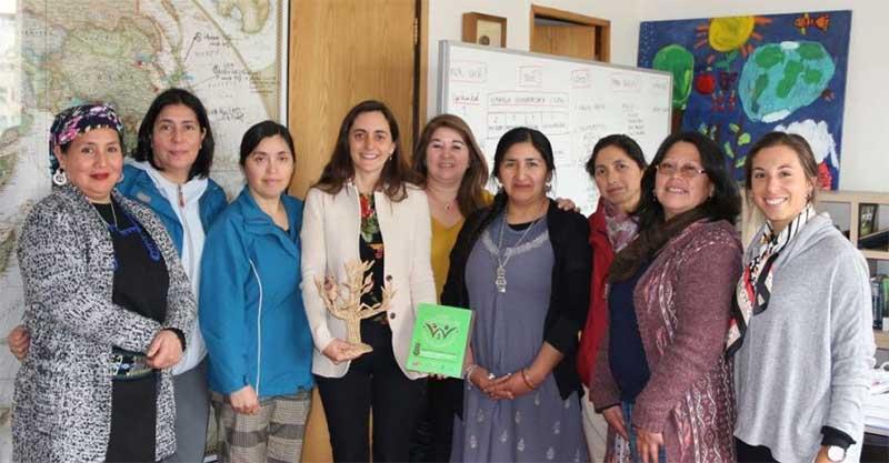 Directora de Odepa con mujeres rurales de La Araucanía